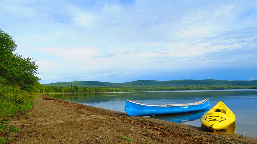 location de canot et de pédalo sur le lac témiscouata au bas-st-laurent